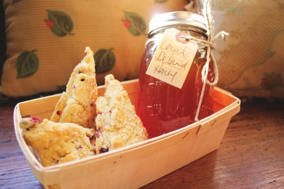 2012 Xmas Baskets - honey and scones