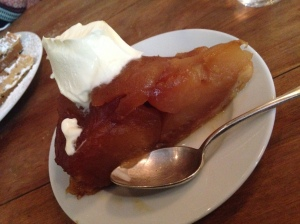 2014-05-08 Paris Buvette upside down apple cake
