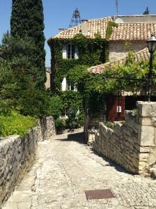 2014-05-18 Provence Cotes de Rhone Seguret 5