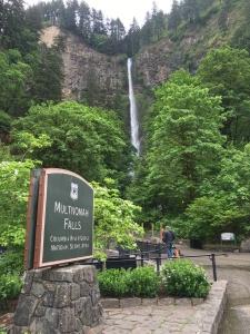 2016-05-04 Portland - Columbia River Multnomah Falls 1