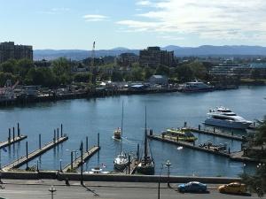 2016-05-05 Victoria BC - Farimont Inn 2