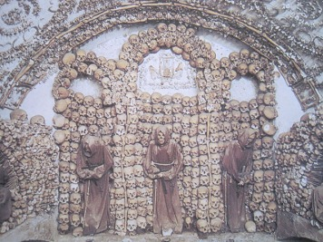 2016-08-19 Rome Catacombs Tour Capuchin Crypt 5