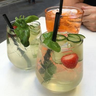 2016-08-23 Florence Corner Bar 1