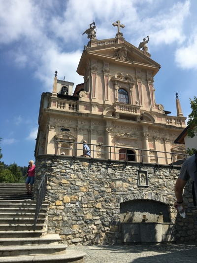 2016-08-27 Lake Como top of the hill 1