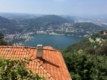 2016-08-27 Lake Como top of the hill 8
