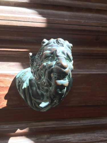2016-08-30 Venice door knobs 6