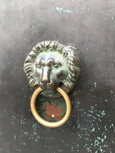 2016-08-30 Venice door knobs 9