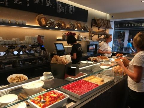 2016-08-30 Venice Farini breakfast 3
