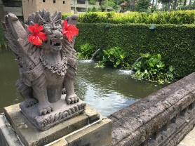 2017-03-29 Bali Intercontinental gardens and pools 5