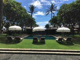 2017-03-29 Bali Intercontinental gardens and pools 9