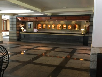 2017-03-29 Bali Intercontinental lobby 6