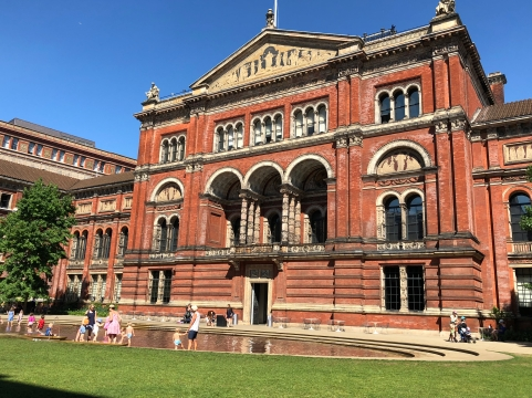 2018-08-03 London Victoria and Albert Museum 2