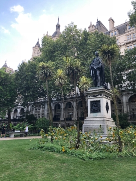 2018-08-15 London Whitehall Gardens 3